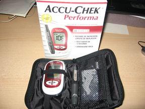 slika-aparat-za-secer-Accu-Chek-Performa-nov-iz-austrije-62018685v288h216